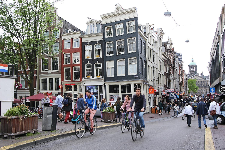 Skew Buildings of Amsterdam